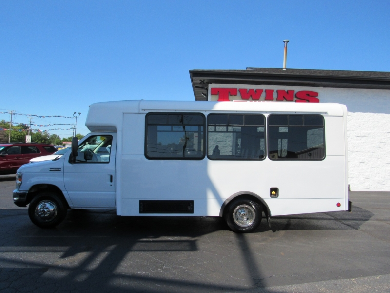 Ford Econoline Commercial Cutaway 2014 price $14,995