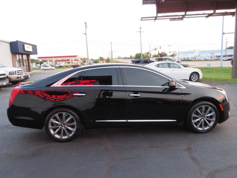 Cadillac XTS 2016 price $14,995