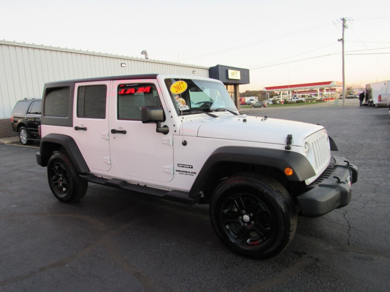 Jeep Wrangler Unlimited 2017 price $28,995