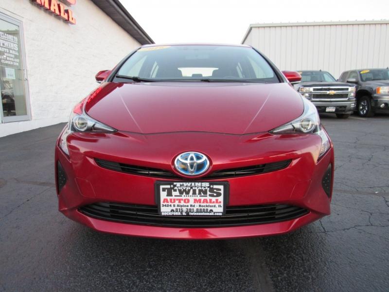 Toyota Prius 2016 price $18,995