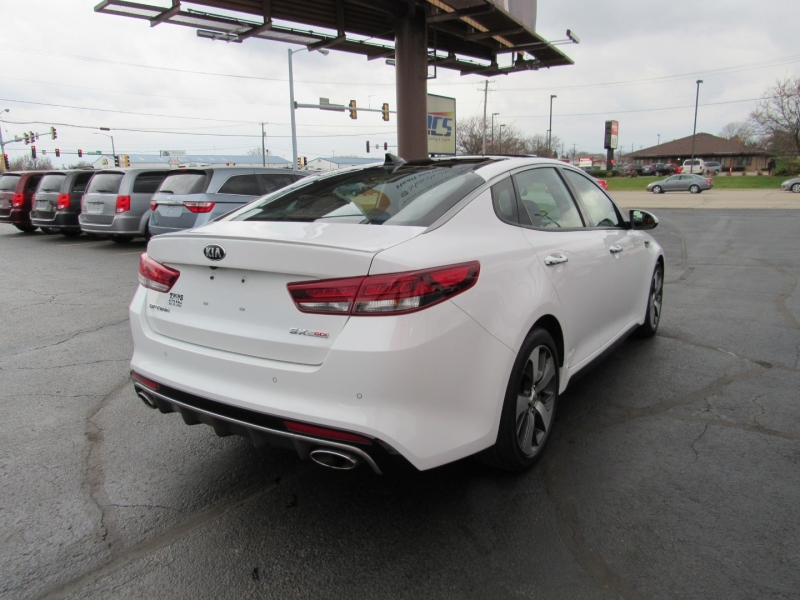 Kia Optima 2016 price $19,995