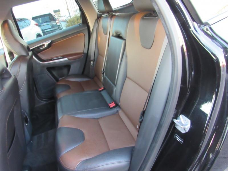 Volvo XC60 2017 price $17,995