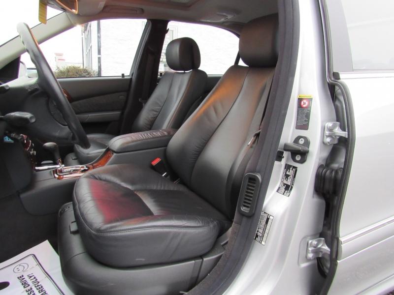Mercedes-Benz S-Class 2006 price $12,995