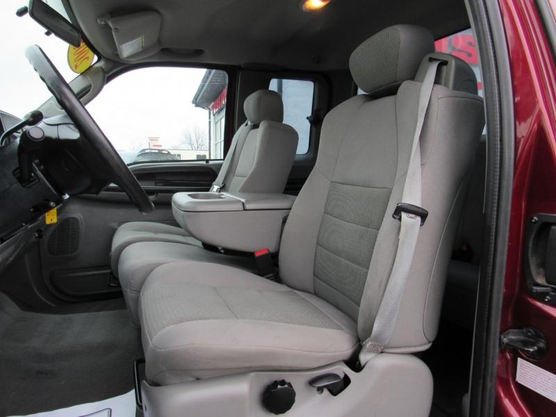 Ford Super Duty F-250 2005 price $13,995