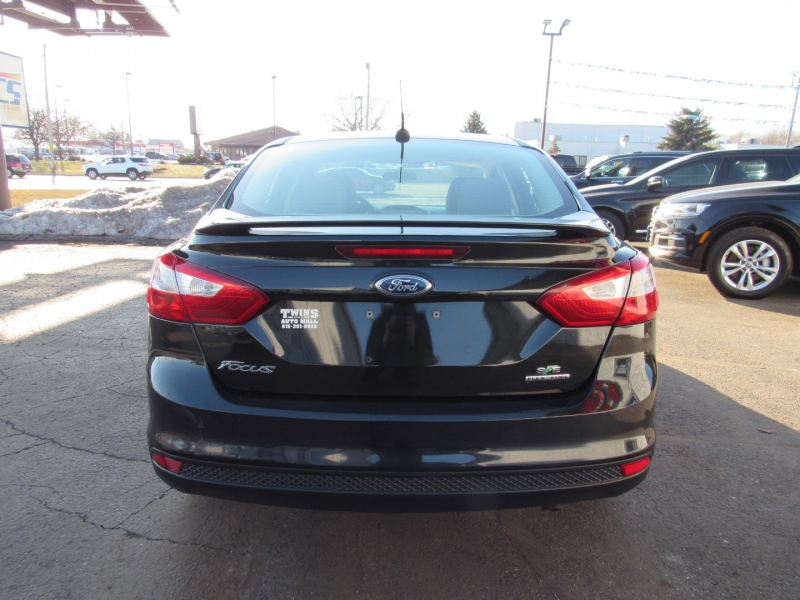 Ford Focus 2014 price $9,995