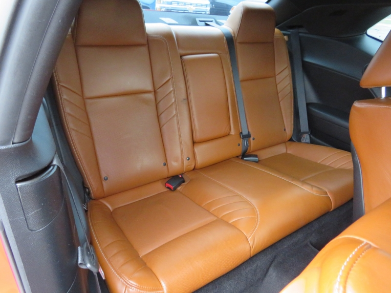 Dodge Challenger 2015 price $39,995