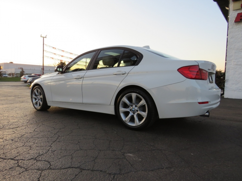 BMW 3-Series 2013 price $13,995