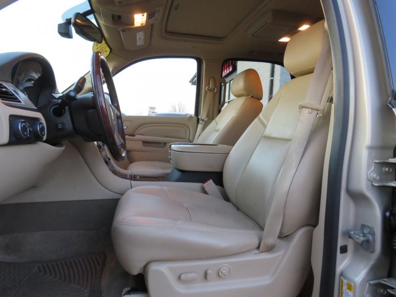 Cadillac Escalade Hybrid 2012 price $23,995