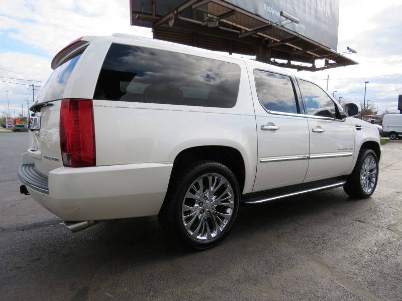 Cadillac Escalade ESV 2012 price $23,995