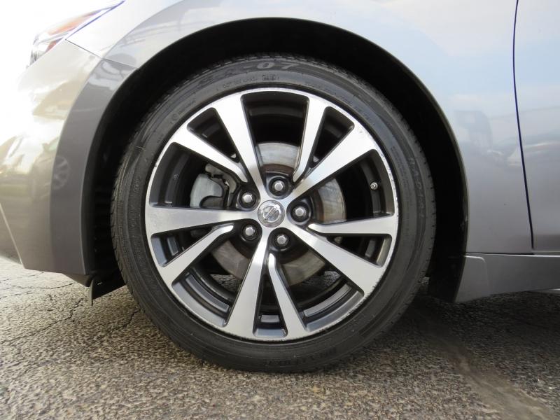 Nissan Maxima 2017 price $21,995