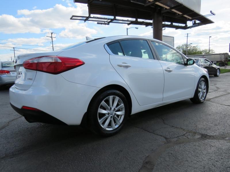 Kia Forte 2015 price $11,995