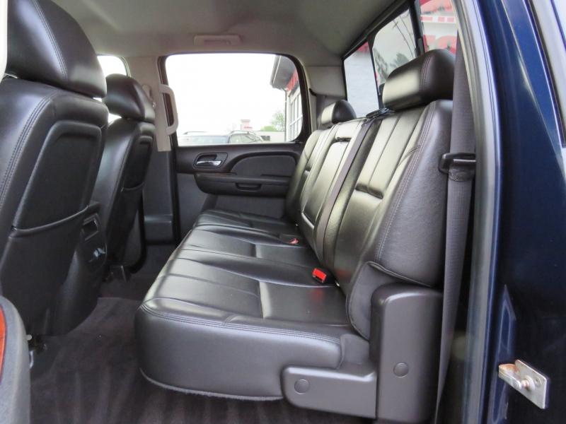 GMC Sierra 3500HD 2011 price $31,995