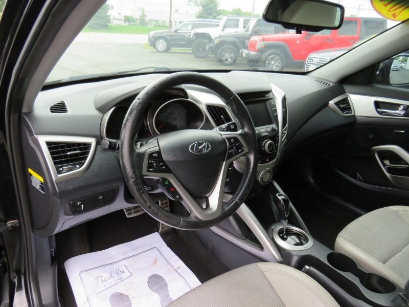 Hyundai Veloster 2013 price $9,995