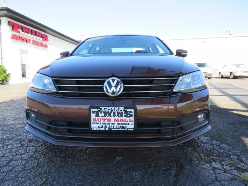 Volkswagen Jetta 2016 price $11,995