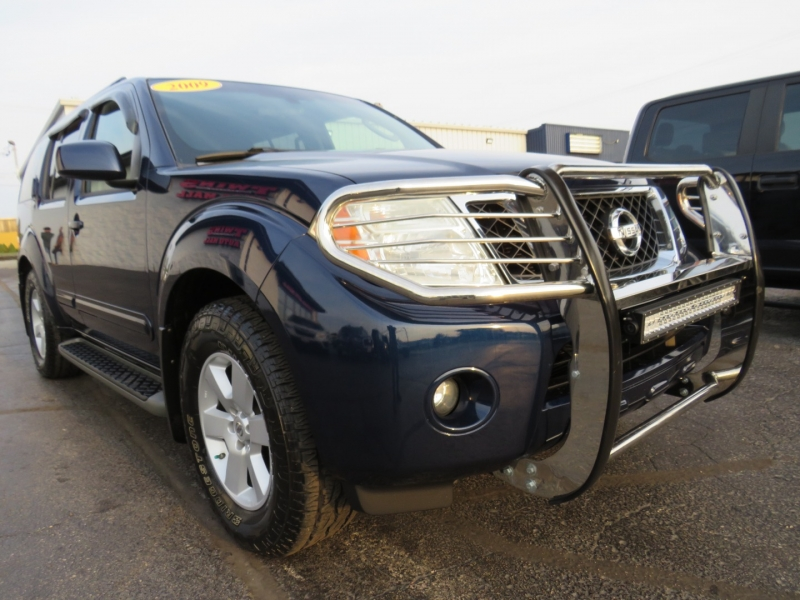 Nissan Pathfinder 2009 price $15,995