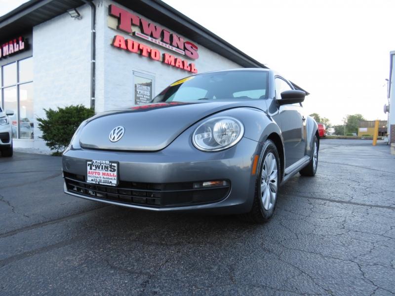 Volkswagen Beetle 2013 price $9,995
