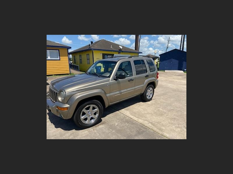 Jeep Liberty 2004 price $4,398