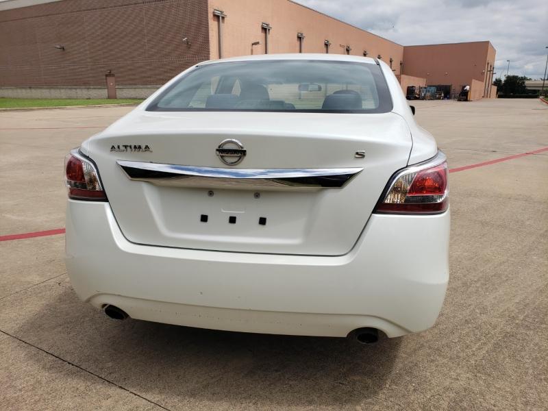 Nissan Altima 2015 price $8,495