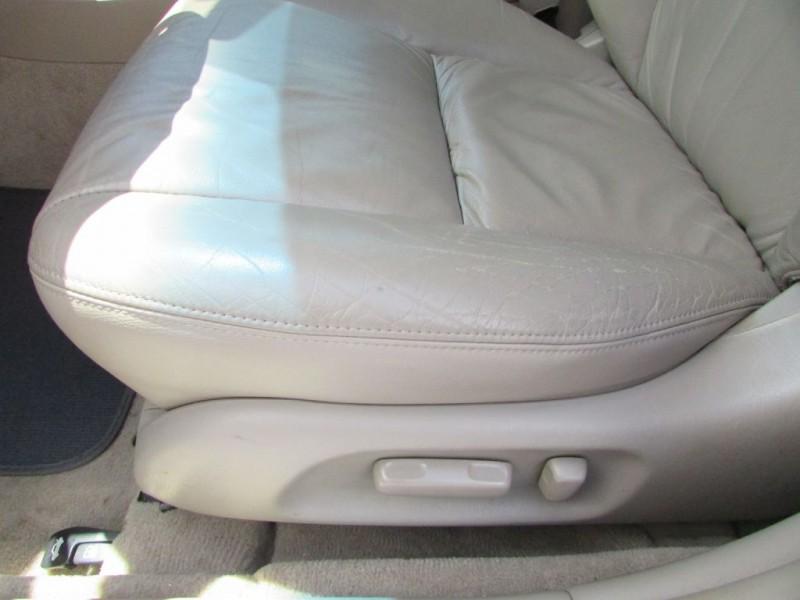TOYOTA CAMRY 2003 price $5,995