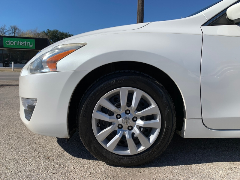 Nissan Altima 2014 price $6,995
