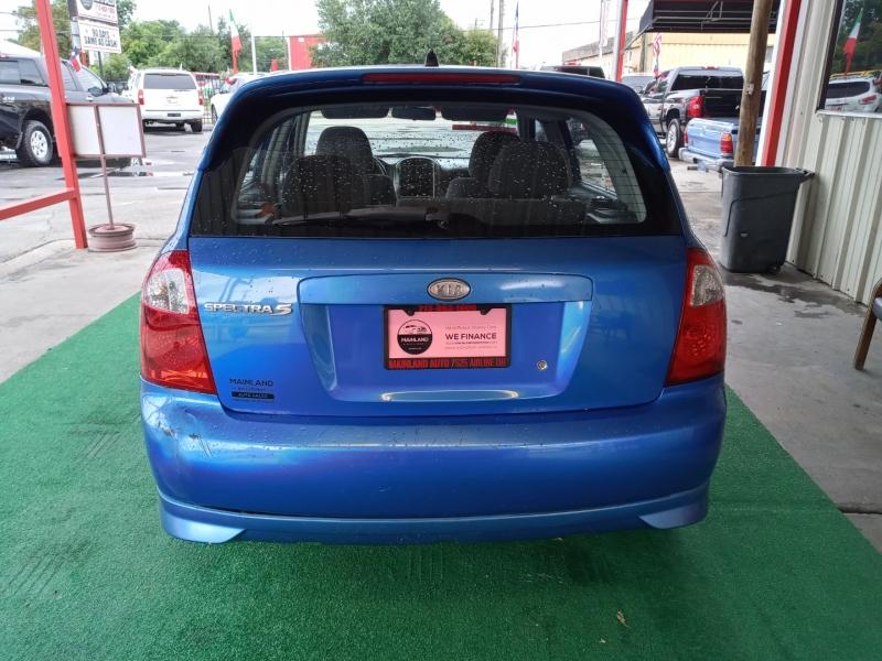 Kia Spectra 2006 price $2,495 Cash