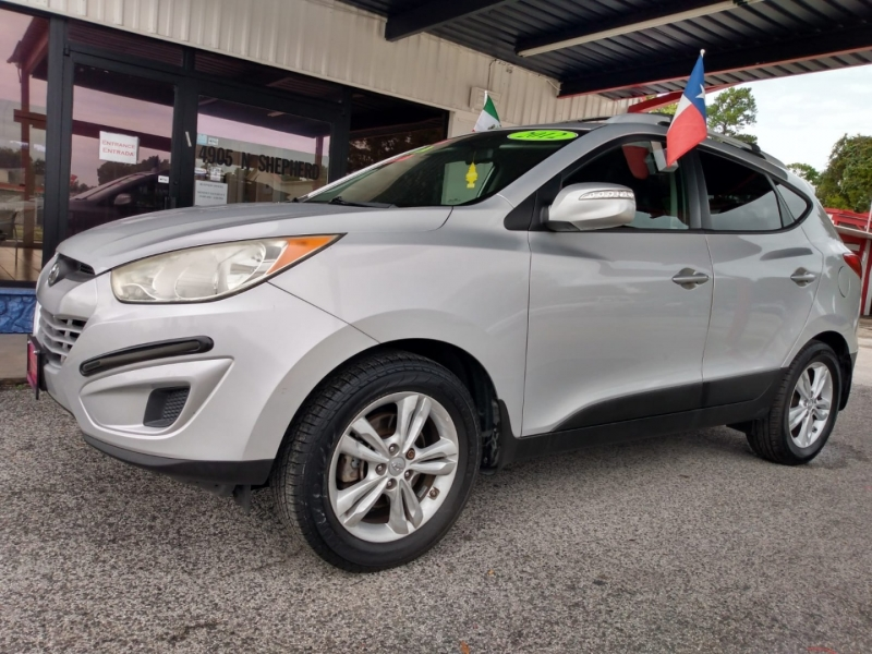 Hyundai Tucson 2012 price $6,995