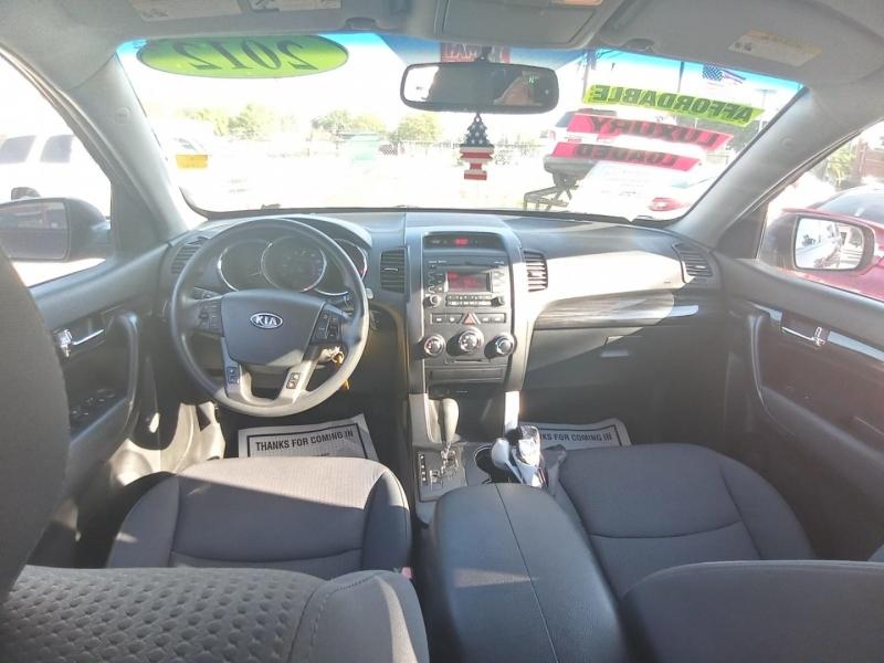 Kia Sorento 2012 price $7,995