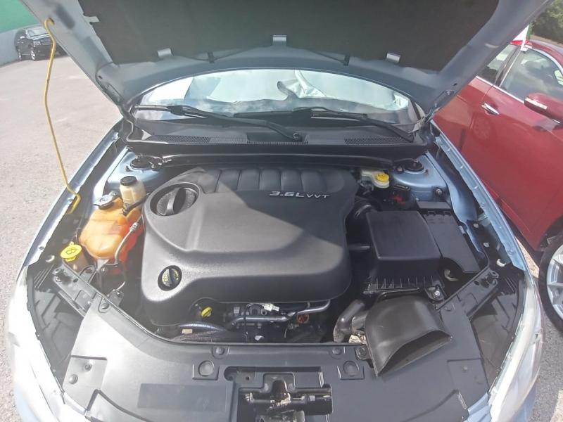 Chrysler 200-Series 2012 price $6,995