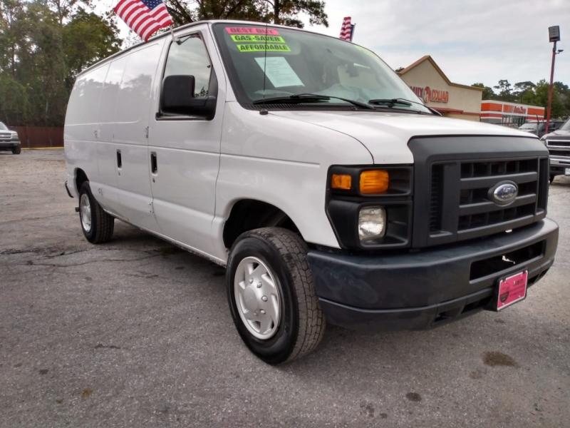 Ford Econoline Cargo Van 2013 price $11,500