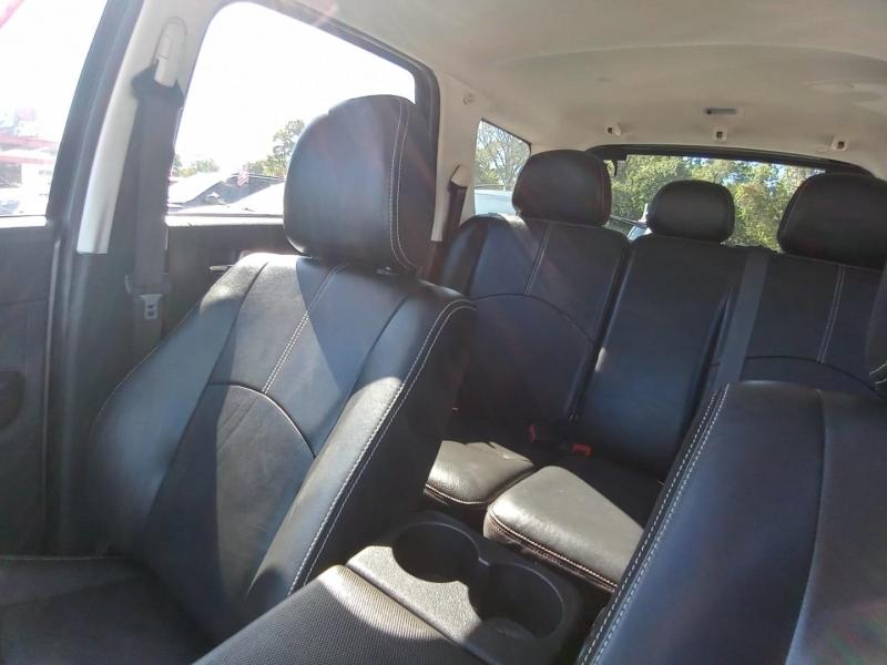 Mazda Tribute 2011 price $7,495