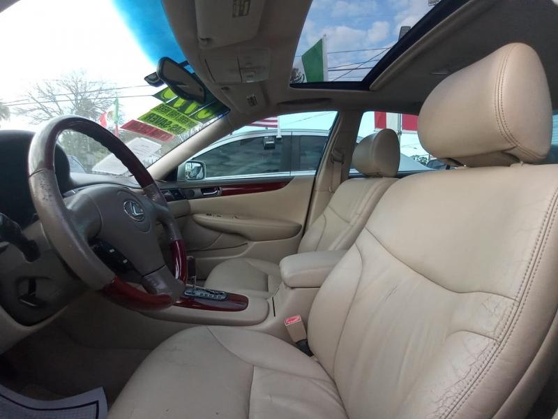 Lexus ES 300 2003 price $6,995