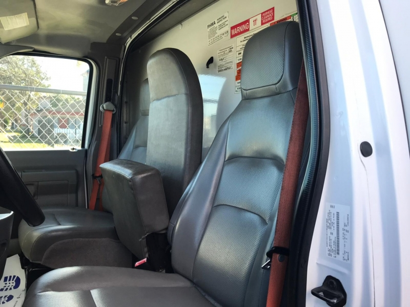 Ford Econoline Commercial Cutaway 2013 price $15,995