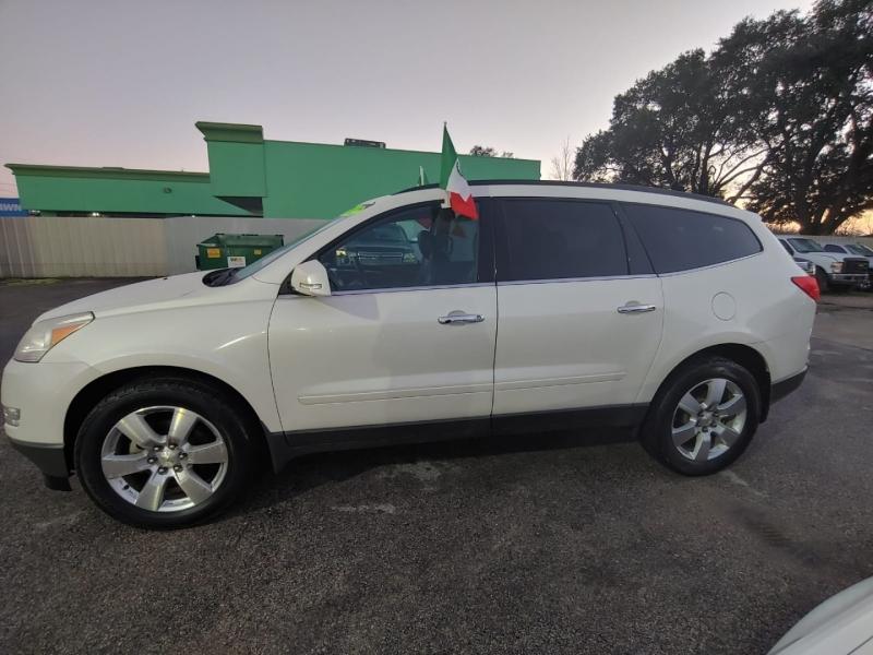 Chevrolet Traverse 2012 price $8,995
