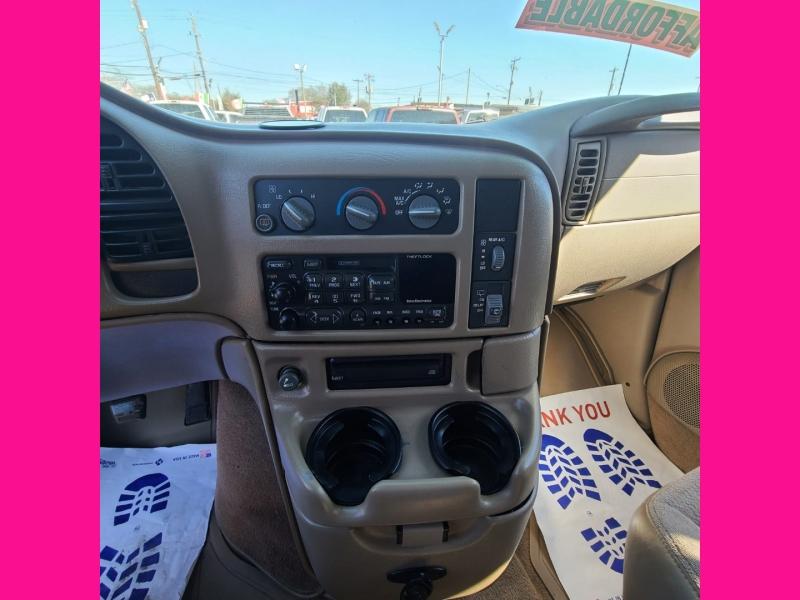 GMC Safari Passenger 2000 price $3,995