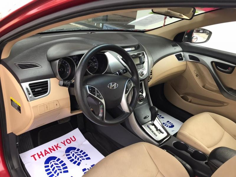 Hyundai Elantra 2011 price $4,995