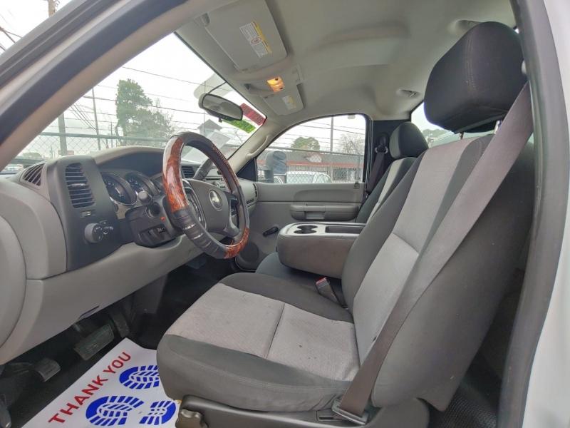 Chevrolet Silverado 2500HD 2008 price $9,500