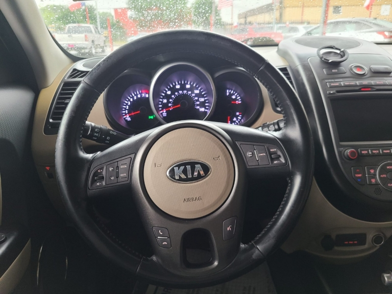 Kia Soul 2013 price $7,995