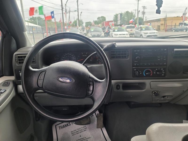 Ford Super Duty F-250 2003 price $11,995