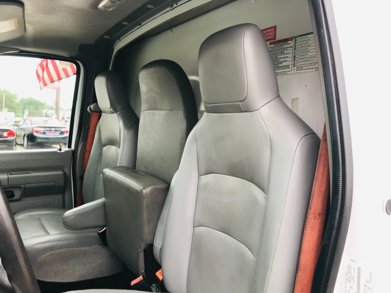 Ford Econoline Commercial Cutaway 2013 price $16,995
