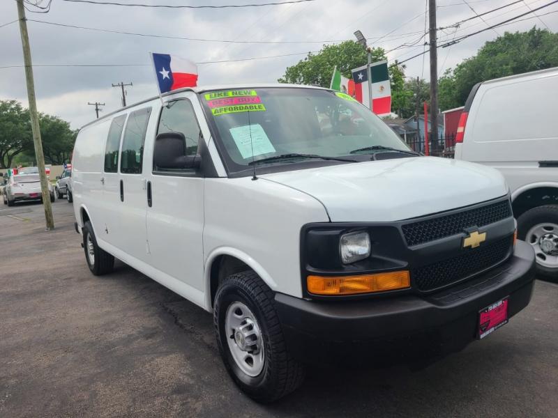 Chevrolet Express Cargo Van 2013 price $13,500
