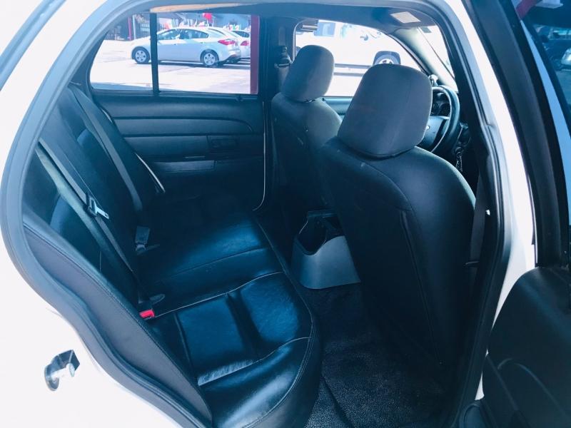Ford Police Interceptor 2006 price $4,995
