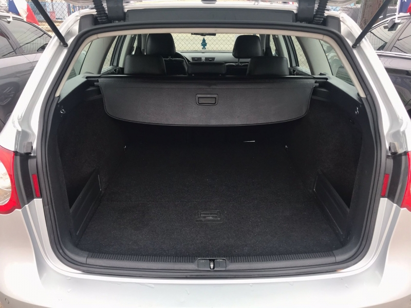 Volkswagen Passat Wagon 2008 price $4,995