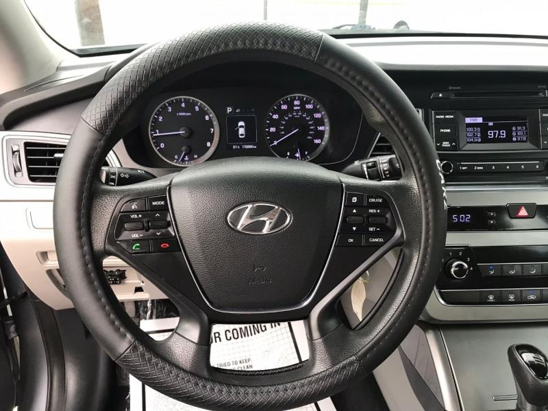 Hyundai Sonata 2016 price $8,995