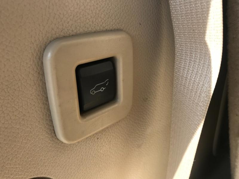 Lincoln Navigator 2007 price $7,995