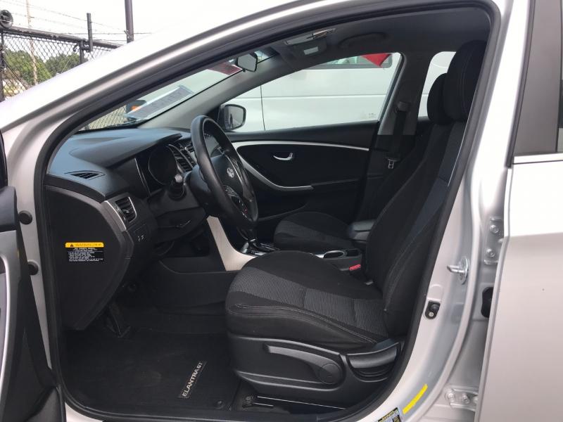 Hyundai Elantra GT 2016 price $7,995