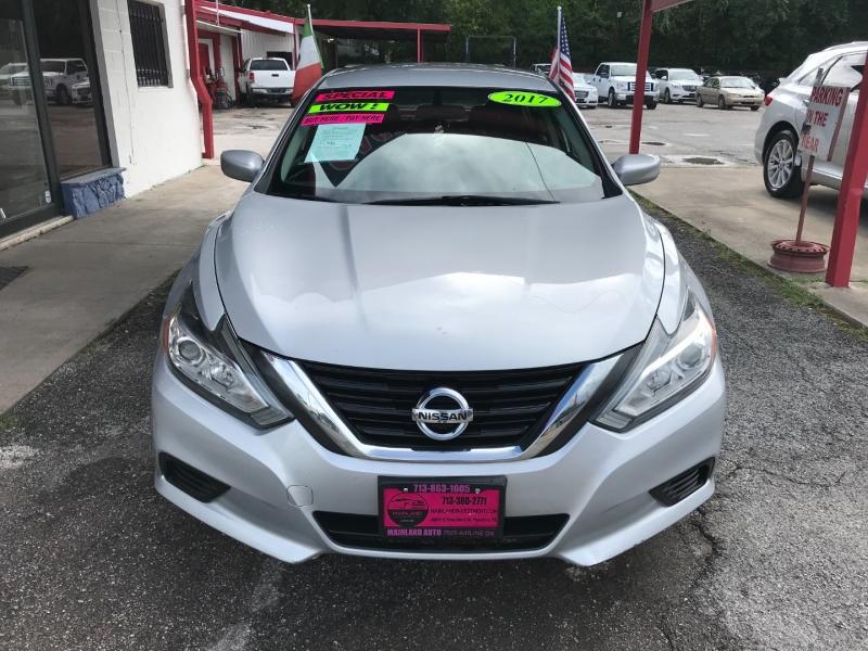 Nissan Altima 2017 price $11,995