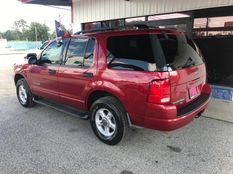 Ford Explorer 2004 price $3,995