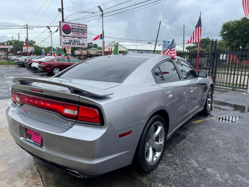 Dodge Charger 2011 price $12,500