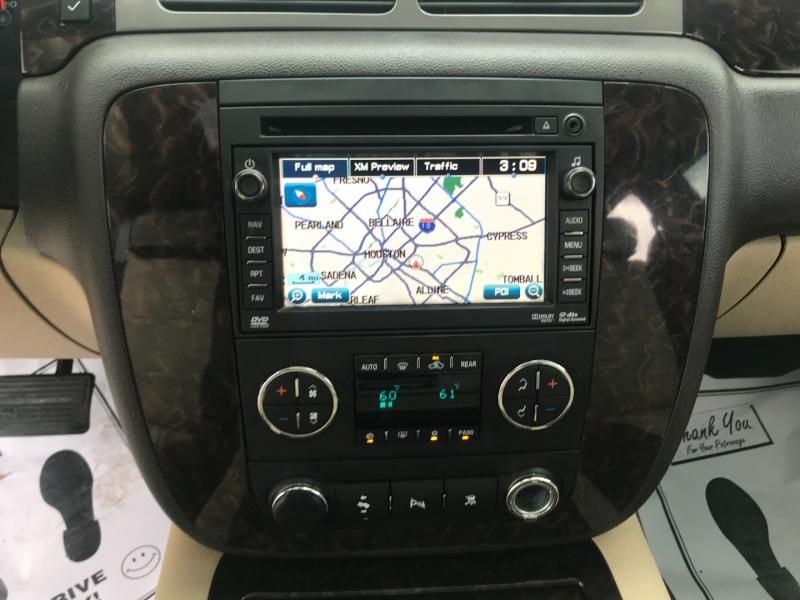 GMC Yukon 2011 price $14,995