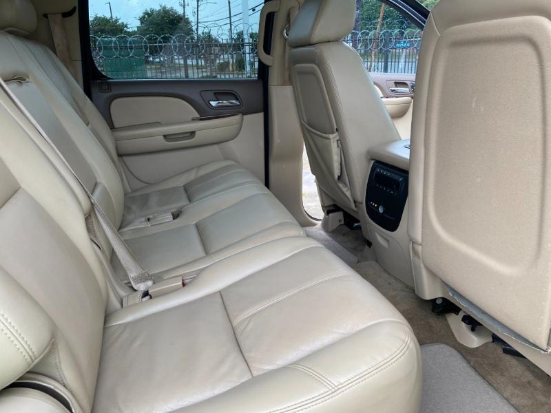 GMC Yukon XL 2009 price $11,995